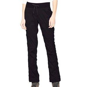 The North Face Aphrodite 2.0 pants Size Medium